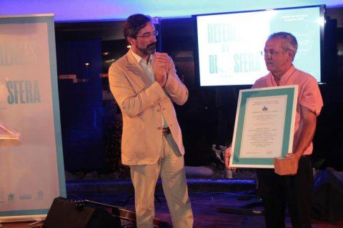 El biólogo y docente Domingo Concepción García recibe el máximo galardón y primer 'Premio Referente de la Biosfera 2016'